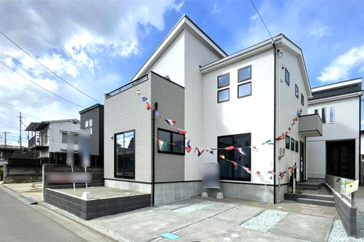 新築建売住宅の外観
